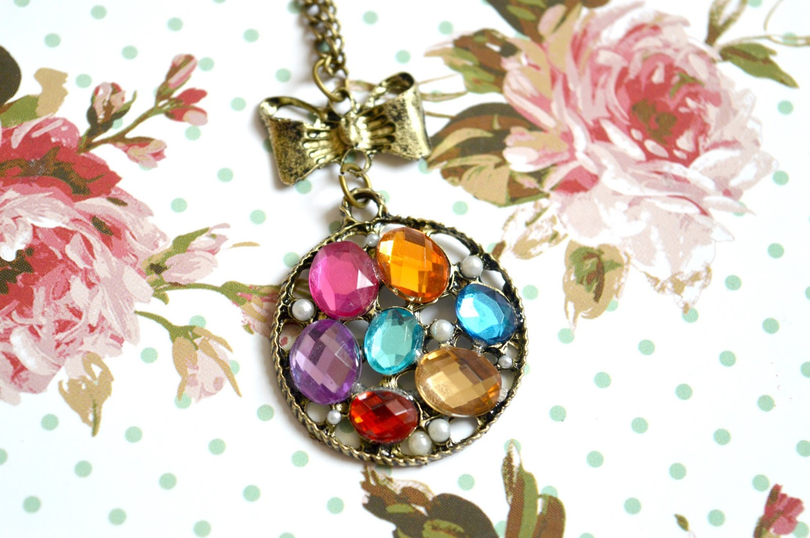 Dreams-and-Sparkles-Rainbow-Gem-Disc-Necklace