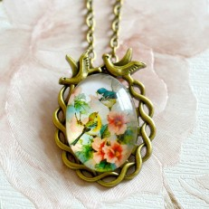 Vintage Style Floral Bird Pendant Necklace