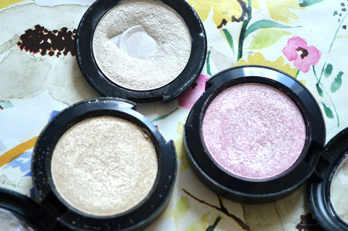 3 Amazing Highlighting Eyeshadows That Will Make Your Eyes Pop
