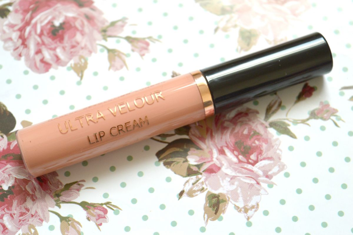 Makeup Revolution Lip Cream in Move Your Mouth Forever