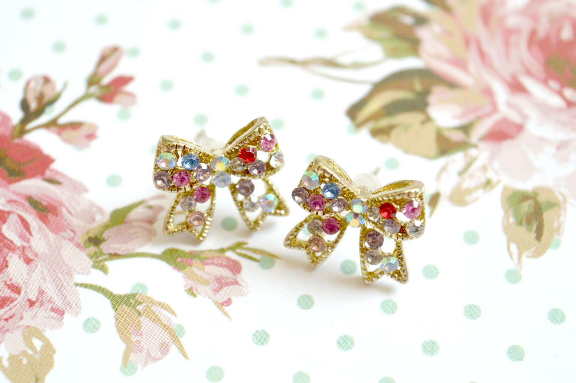 Rhinestone Diamante Gem Bow Stud Earrings Giveaway
