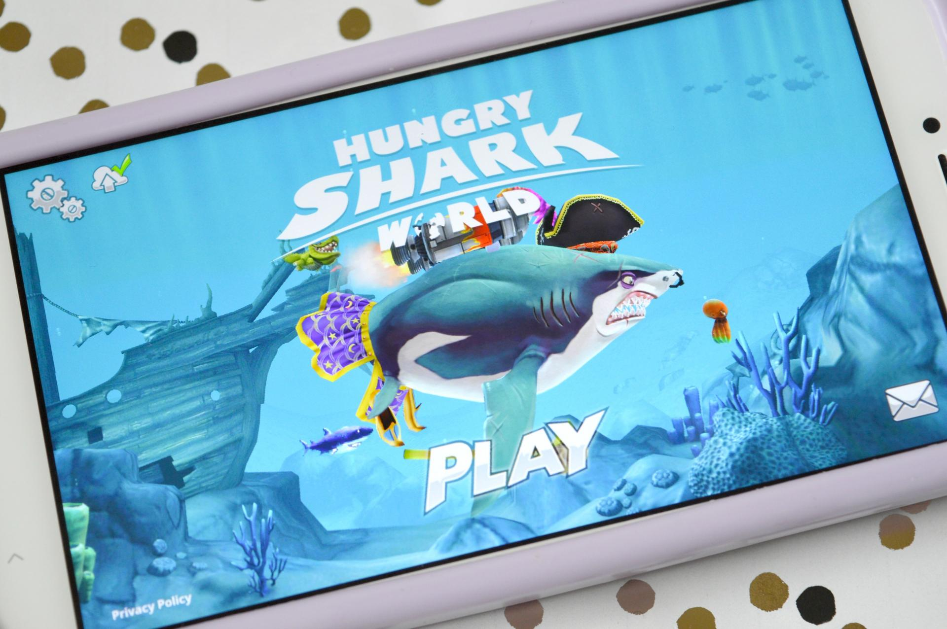 3 Reasons Why Hungry Shark World Is The Best Mobile Game At The Moment